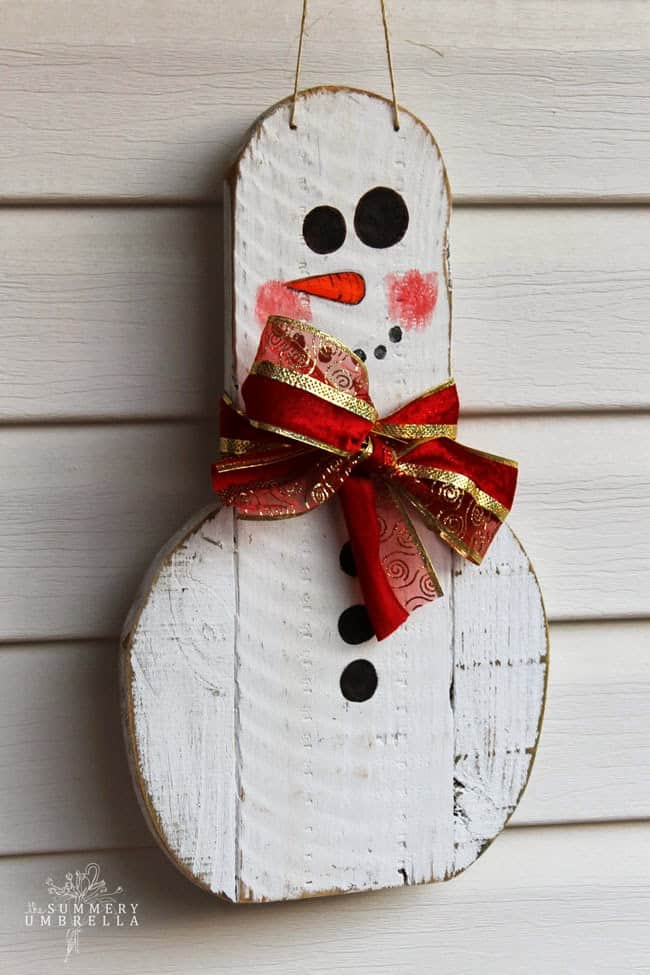 DIY reclaimed wood snowman and penguin